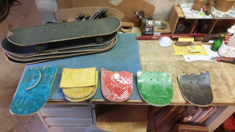 Photo de skateboard à l'atelier